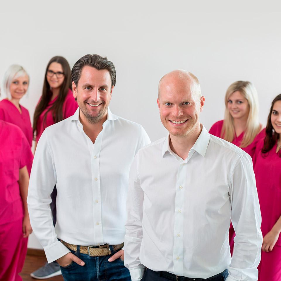 Die Ärzte und das Team der Praxisklinik Münchnerau